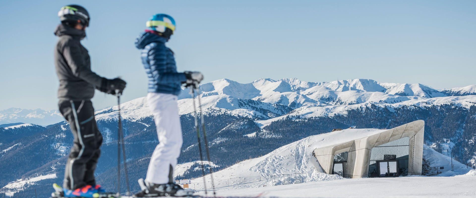 What will I experience in the winter at Plan de Corones & environs?